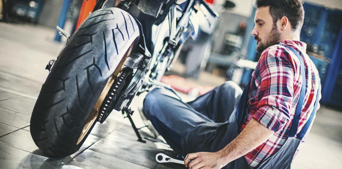 plan entretien moto jeune conducteur
